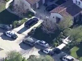 Policejní vozy před domem Justina Biebera v Calabasas v Kalifornii (14. ledna...