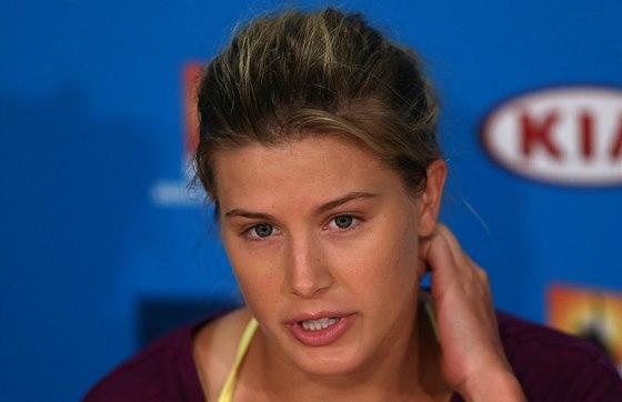 MILÁČEK FANOUŠKŮ. Eugenie Bouchardová na tiskové konferenci po  semifinále