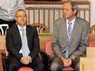 B�val� ministr obrany Martin Bart�k a zbroja� Michal Smr� u soudu (20. ledna...