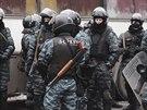Berkut - obávané úderné jednotky ukrajinské policie (28. ledna 2014)
