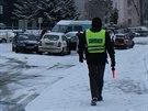 Klíšskou ulici v Ústí nad Labem uzavřela ve středu ráno hromadná nehoda sedmi...