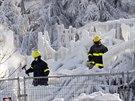 Podmínky byly údajně natolik extrémní, že jednotlivé týmy policie, hasičů a...