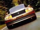P�i v�voji Lexusu LS 400 BMW bylo zaregistrov�no zhruba 300 patent�.
