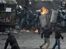 Centrum hlavn�ho m�sta Ukrajiny p�ipom�nalo boji�t� (22. ledna 2014).