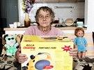 Anna, 80 let, jezdila na tyhle akce 13 roků a utratila na nich zhruba 300 tisíc...