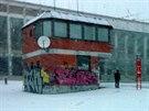 Zastávka pražské MHD u strahovského stadionu (22. ledna 2014)