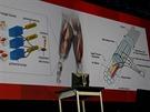 """Takto vypadá budoucnost. Protézy napojené na nervová zakončení dokáží """"myslet"""",..."""