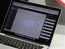 Obslužný program běží v cloudu v prohlížečích Chrome, Firefox nebo Safari.