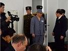 Severokorejci uspo��dali tiskovou konferenci s v�zn�n�m Ameri�anem Kennethem