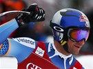 Aksel Lund Svindal v cíli superobřího slalomu v Kitzbühelu.