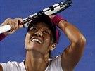 Šťastná Li Na, právě se stala vítězkou Australian Open.