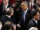Po projevu Obamovi graguloval i předseda Nejvyššího soudu John Roberts.
