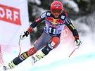 Americký lyžař Bode Miller během sjezdu v Kitzbühelu