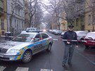 Policie opět uzavřela ulici na pražských Vinohradech kvůli hlášené bombě (22....