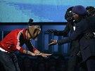 Producent Pharrell Williams se klaní Daft Punk a Nilesu Rogersovi poté co...