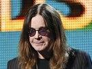 Tommy Iommi, Ozzy Osbourne a Geezer Butler z Black Sabbath uv�d�j� vystoupen�...