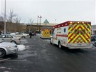 Při střelbě v obchodním centru zahynuli nejméně tři lidé. (25. 1. 2014)