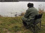 Teplá zima přeje sportovním rybářům, kteří i v lednovým dnech míří k vodě s...