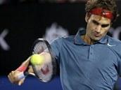 BEKHEND. Roger Federer v semifinále Australian Open.