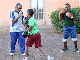 Kubánská sportovní škola má skvělou pověst, až na to, že spousta hvězd utíká za...