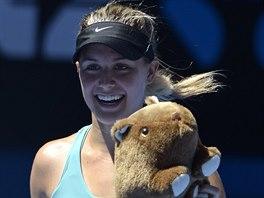 Kanadská tenistka Eugenie Bouchardová se raduje po čtvrtfinálové výhře nad Anou...