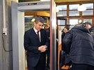 Andrej Babiš přichází ke Krajskému soudu v Bratislavě, kde pokračovalo líčení...