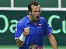 HECOV�N�. Radek �t�p�nek v utk�n� Davis Cupu proti Nizozemsku.