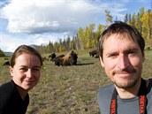 Michal Tyl (32) na v�prav� za fotografiemi divok�ch zv��at spolu s man�elkou...