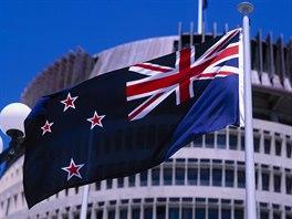 Na současné vlajce Nového Zélandu je Jižní kříž a britská vlajka.