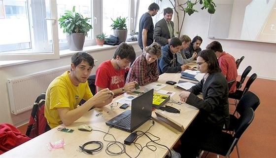 Hradecká Kybernetika rozšiřuje studium i do terciální sféry