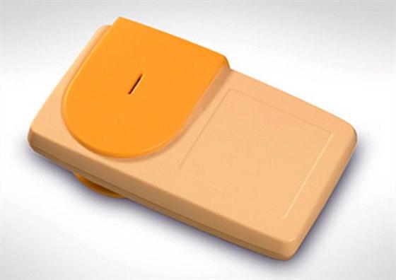 Palubn� jednotka pro elektronick� v�b�r m�tn�ho, kter� se testuje v �esku.