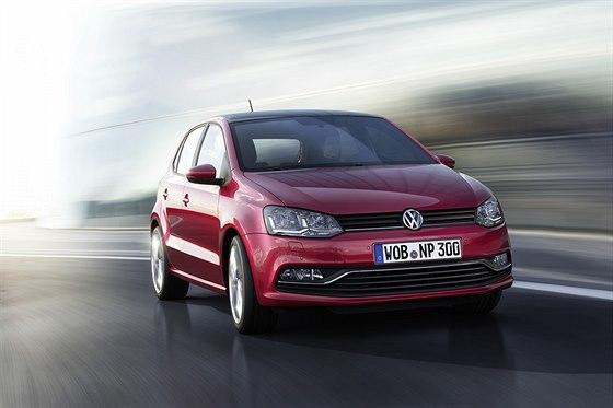 Volkswagen Polo dostal s faceliftem nový nárazník a LED diody do světel.