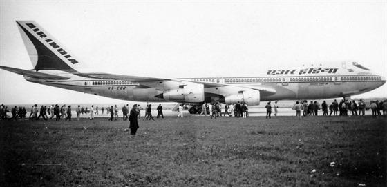 B 747 poprv� v Praze.