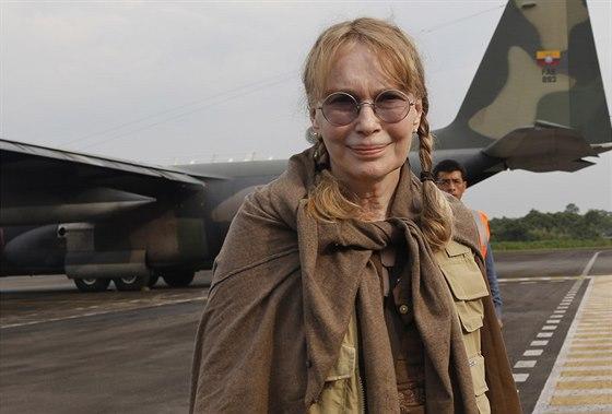 Mia Farrowov� se zat�m k p��padu nevyjad�uje, v�nuje se kampani na z�chanu...
