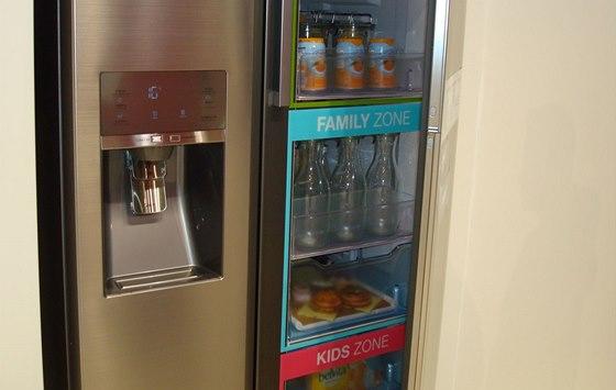 Chladnička Food Showcase - vitrínová část je rozdělena do tří zón.