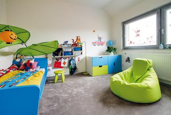 V podkroví je situován i dětský pokoj.
