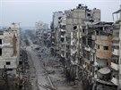 Rozbombardované ulice Homsu (1. února 2014)