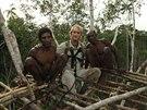 Se stromovým kmenem Kombaj při stavbě domu v koruně stromu