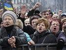 V centru Kyjeva se opět demonstrovalo (9. února 2014)