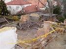 Zbouraná památkově chráněná vila na pražské Ořechovce. Fotografie jsou z prosince 2013.