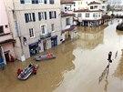 Záplavy ve městě Dax na jihozápadě Francie. (31. ledna 2014)