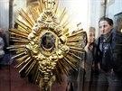 Výstava v Anežském klášteře se částečně věnuje i úctě k relikviím se vzácnými...