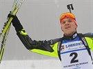 Adam Václavík slaví juniorský bronz ve stíhacím závodě na ME v Novém Městě.