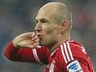 Arjen Robben z Bayernu Mnichov slaví svůj gól proti Frankfurtu.