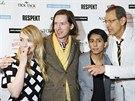 Režisér Wes Anderson (druhý zleva) přijel svůj film představit spolu se Saoirse...