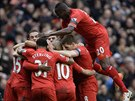 KONCERT. Fotbalisté Liverpoolu rozhodli zápas s Arsenalem během prvních dvaceti...