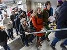 Švýcaři v referendu rozhodovali o přístupu své země k imigrantům (9. 2. 2014).