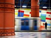 Barevnou stanici Olaias v Lisabonu otevřeli v roce 1998, kdy Portugalsko...