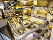 Beton a nerezová ocel dominují londýnské stanici Westminster, slavnostně...