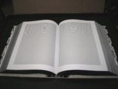 Chernofskyho kniha A ka�d� jeden byl n�kdo obsahuje jen jedno jedin� slovo